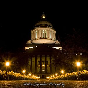 Olympia Capitol Building at night