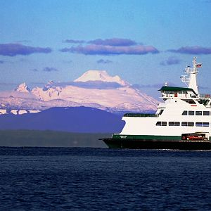 Mt. Baker & the ferry